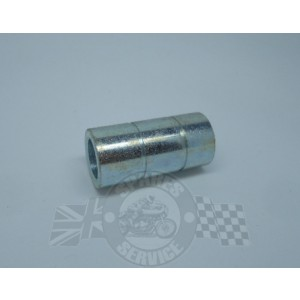 Engine mounting spacer tube, rear