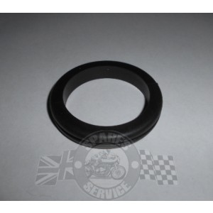 Coil mounting grommet