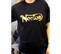 T-shirt Norton